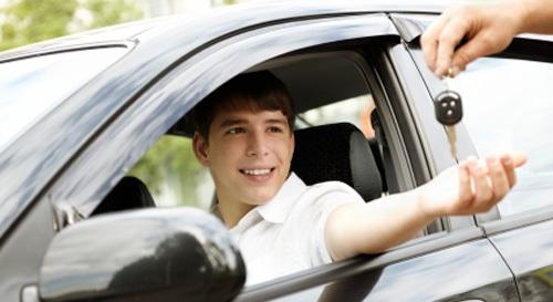 Trung tâmchuyển đổi bằng lái xe ô tô quốc tế tại Cao Bằng