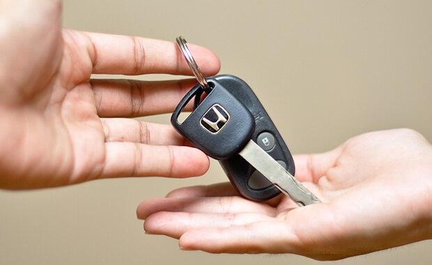 Hướng dẫn thủ tục chuyển đổi bằng lái xe quốc tế tại Hậu Giang qua mạng - Hotline: 0932 100 040